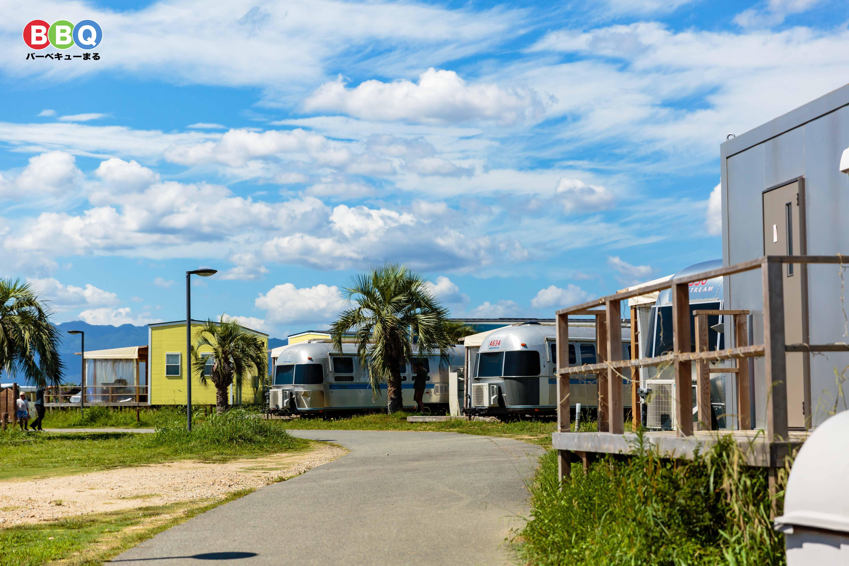 パームガーデン舞洲の宿泊施設、エアーストリームとトレーラーハウス