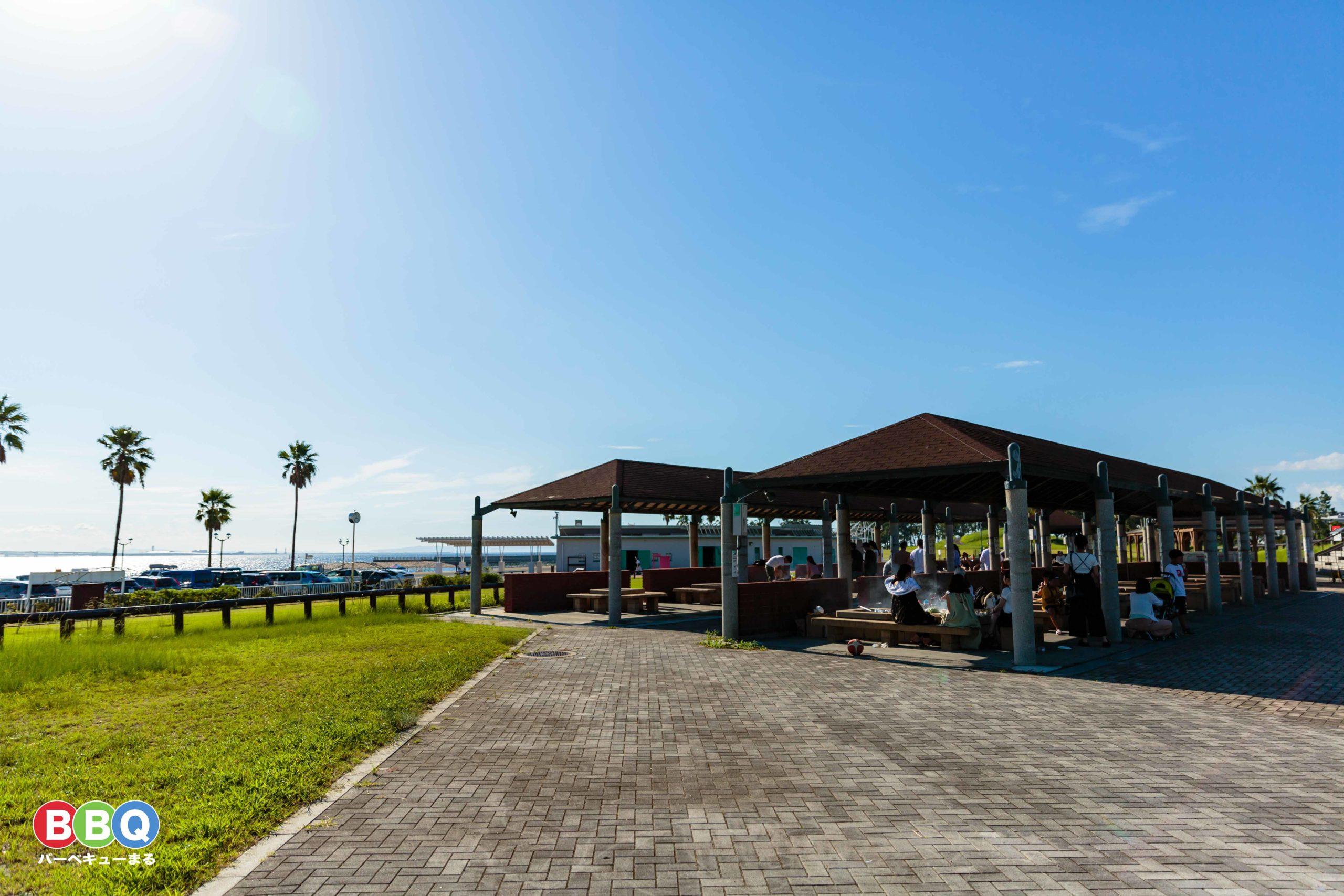 二色の浜公園海浜緑地有料BBQ施設の全景